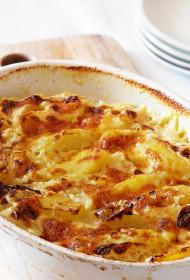 Kartupeļu un sīpolu sacepums