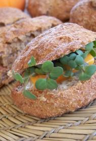 Pilngraudu ķirbju maizīte