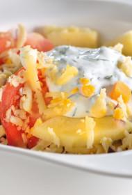 Latvijas siera, ābolu un tomātu salāti