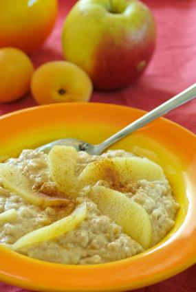 Ābolu–aprikožu putra rīta cēlienam