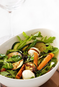 Siltie dārzeņu salāti