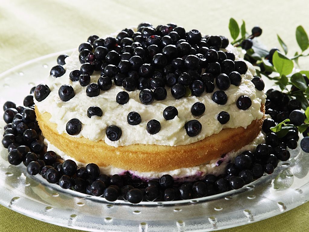 Zefīra kūka ar mellenēm