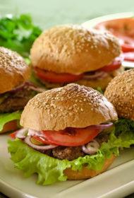 Mājas hamburgers