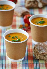 Tomātu un pupiņu zupa
