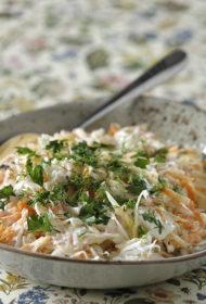 Kāļu salāti ar rutkiem