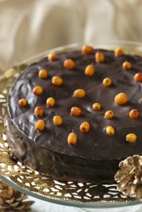 Austriešu Sacher torte ar latvisku piesitienu