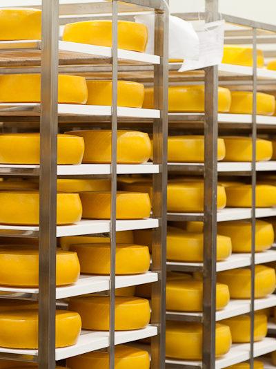 Kādēļ siers ir apaļš?