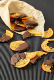 Šokolādē glazēti apelsīnu kraukšķi