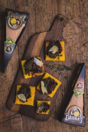 Polentas kubiņi ar sieru