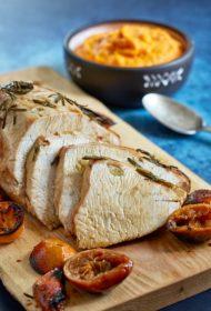 Ideāla recepte Ziemassvētkos! Tītara cepetis mandarīnu marinādē ar burkānu un saldo kartupeļu biezeni