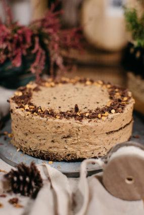 Šokolādes, rudzu un plūmju kūka