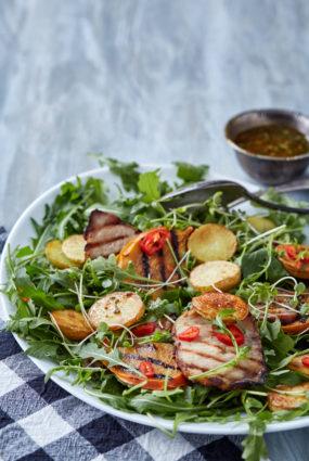 Salāti ar cepeti un hurmu