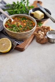 Marokāņu lēcu un turku zirņu zupa