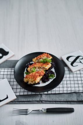 Veģetārā Kijevas kotlete ar rīsiem un kūpinātu tofu