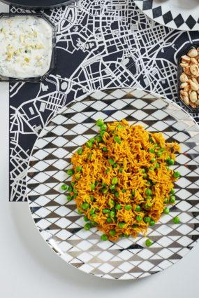 Ogļhidrātiem bagātas pusdienas – pilngraudu rīsi ar pākšaugiem