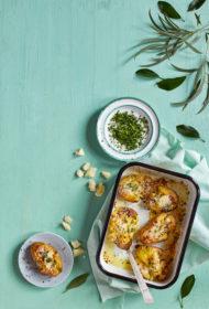 Krāsnī cepti presēti kartupeļi ar cieto sieru