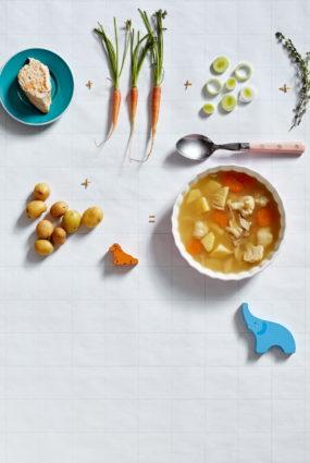 Dārzeņu zupa ar vistas gaļu