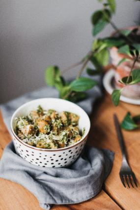 Saldo kartupeļu ņoki ar spinātu un valriekstu mērci
