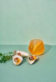 Orange Gin & Tonic ar ceptām austerēm
