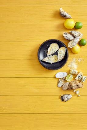 Ceptas austeres ar zilo sieru