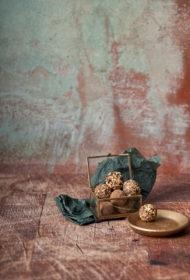 Šokolādes trifeles ar mandeļu sviestu