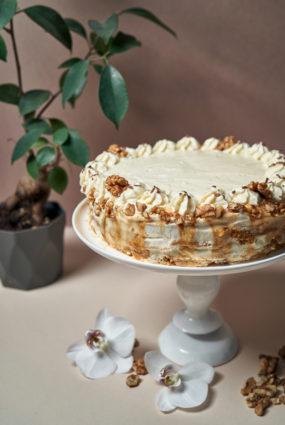 Burkānu kūka ar sāļo karameli