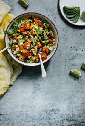 Melno pupiņu salāti