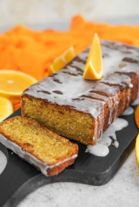 Polentas un apelsīnu kūka